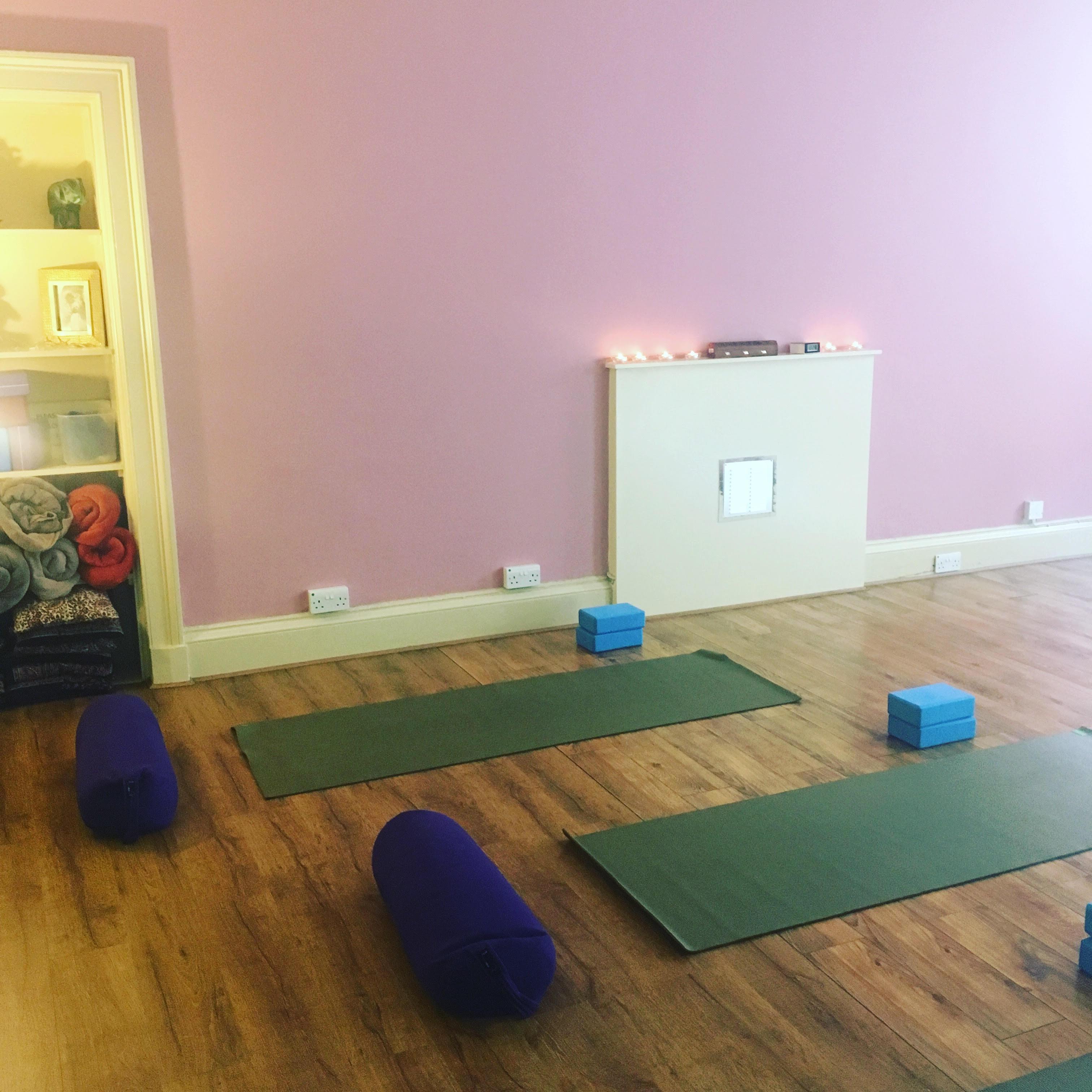 Home Yoga Workshop LOVE